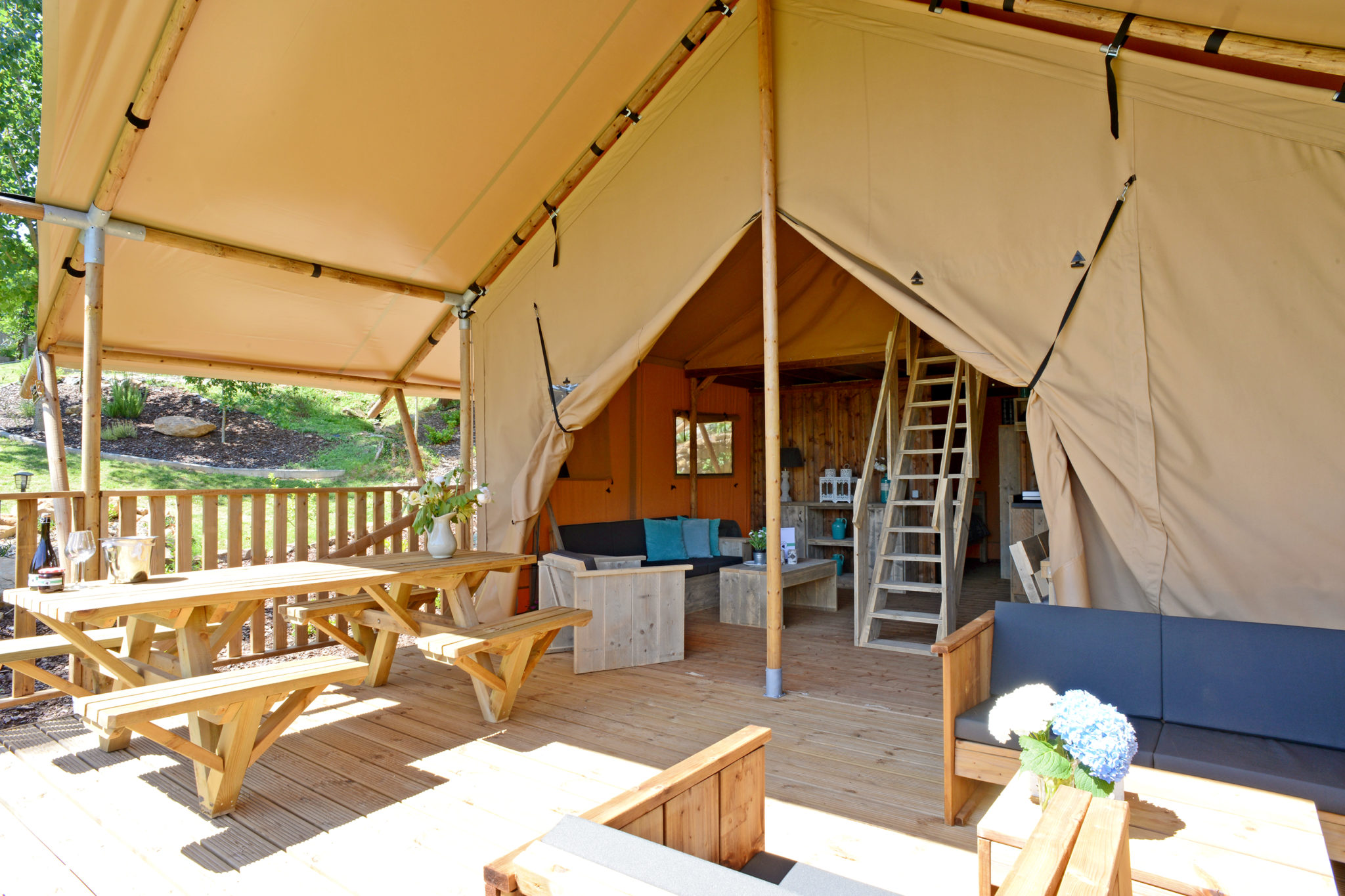 YALA I Glamping Lodge veranda