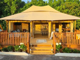 YALA_Stardust_exterior_front_view - Safari tents and glamping lodges