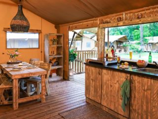 YALA_Dreamer_interior_with_bar_landscape - Safari tents and glamping lodges