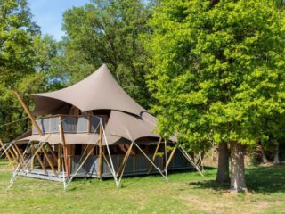 YALA_Supernova_from_the_side_landscape - Safari tents and glamping lodges