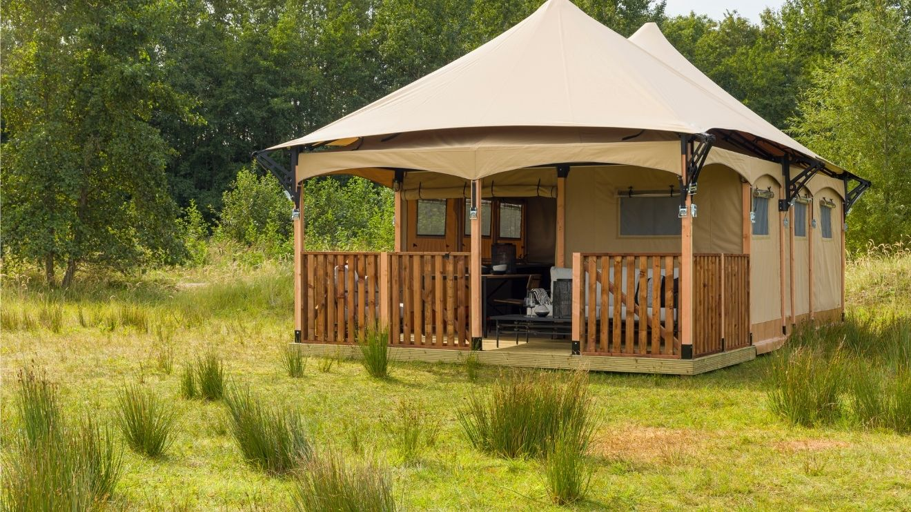 YALA_Twilight_glamping_lodge