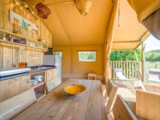 Safari tent Woody interieur