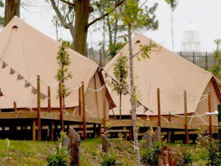 YALA_BellTent_at_campsite_landscape | Safarizelte & Glamping Lodges