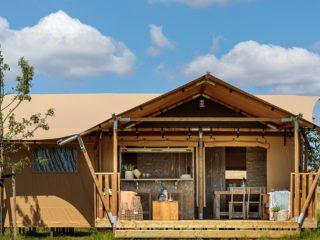 YALA_Dreamer40_exterior_landscape - Safarizelte und Glamping Lodges