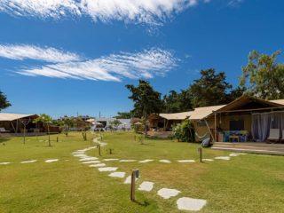 YALA_Dreamer_overview_campsite_landscape - Safarizelte und Glamping Lodges