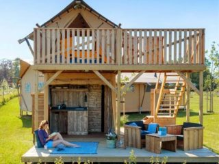 YALA_Shimmer_at_campsite_frontview - Safarizelte & Glamping Lodges