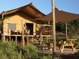 YALA_Sunshine_front_Hluhluwe_Bush_Camp_Africa - Safarizelte & Glamping Lodges