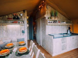 YALA_Sunshine_interior_over_view - Safarizelte & Glamping Lodges