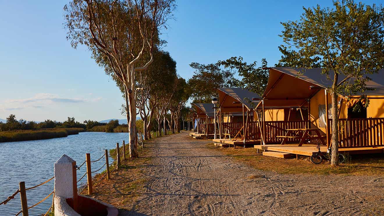 YALA_Sunshine_sunset_landscape - Safarizelte & Glamping Lodges
