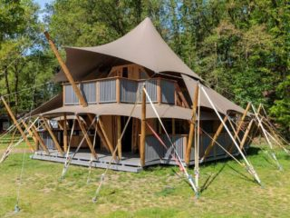 YALA_Supernova_frontview_landscape - Safarizelte und Glamping Lodges