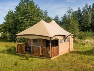 YALA_Twilight_safari_tent_side_front_view - Tentes safari e glamping lodges